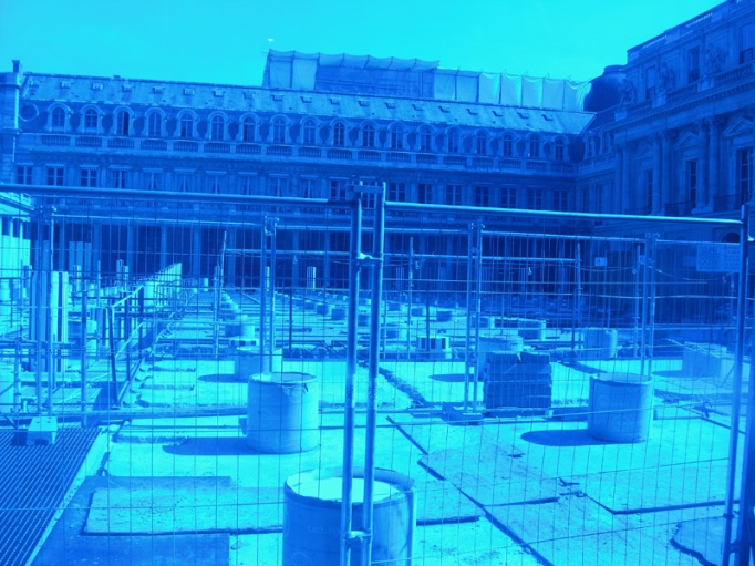 14-chantier_palais_royal_buren_bleu