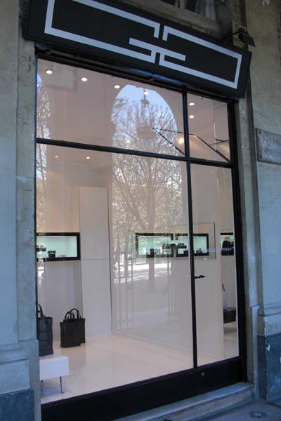 9-Gabrielle_Geppert_boutique_noire