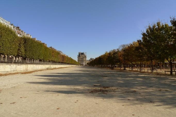 01-tuileries_jardin_vide