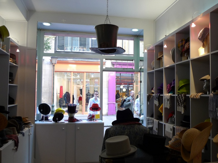 3-Anthony_Peto_interieur_boutique