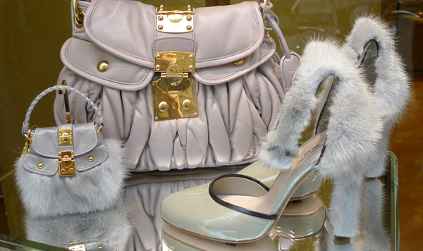 05-Miu_Miu_bag_mini_shoes_fur_nude