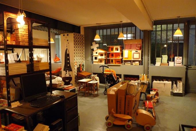 02_LFG_showroom