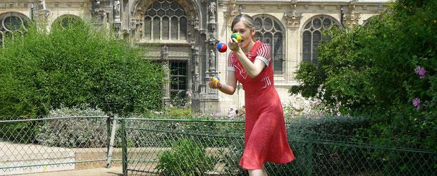 00_topfeatured_jongleuse_rouge