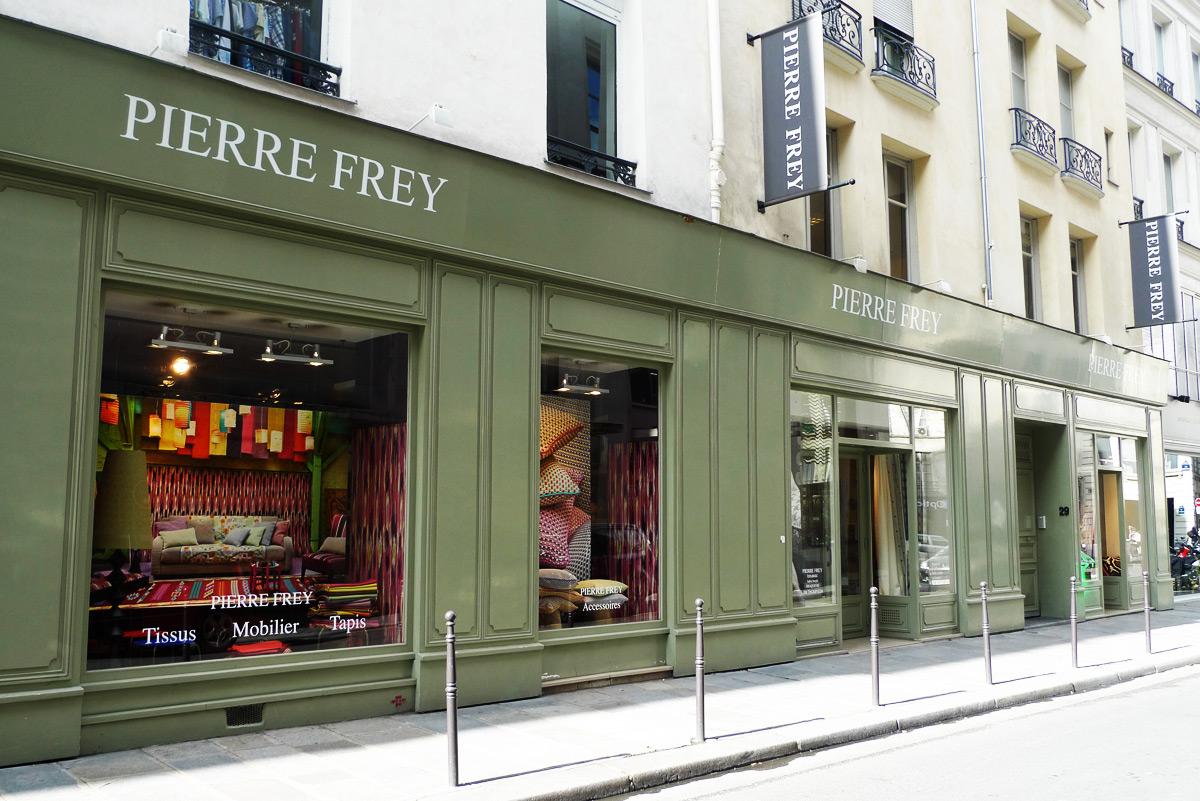 La rue du mail fait son cin ma chic geek for Pierre frey showroom