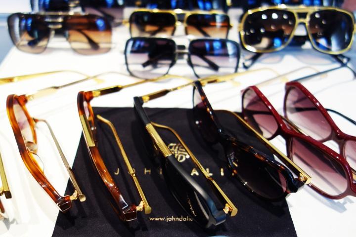 John-Dalia-lunettes-Palais-Royal-02