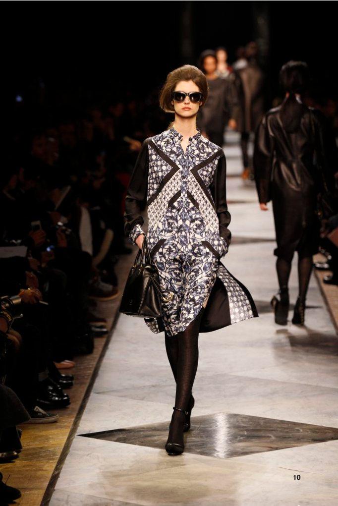 10-LOEWE-AH-2013-Blue and White'Ceramica'Print Silk Patchwork Dress_ Black Acetate Sunglasses_ Black Short Hair Snake Sandal_ Black Calf 'Amaya' Bag