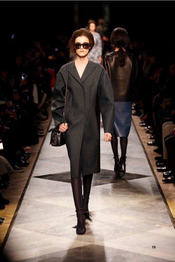19-LOEWE-AH-2013-Navy and Black Rubber Embossed Napa Coat_ Gold Chevaliere Ring_ Navy Acetate Sunglasses_ Black Long Hair Napa Sandal_ Navy Calf 'Amaya 23' Bag