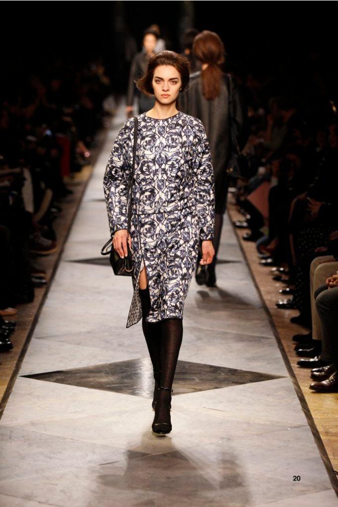 20-LOEWE-AH-2013-Blue and White 'Ceramica' Quilted Print Silk Dress_ Black Napa Sandal_ Black Calf 'Amaya 23' Bag