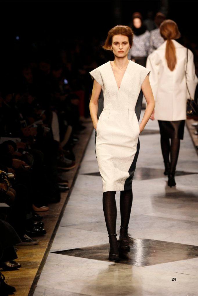 24-LOEWE-AH-2013-White and Navy Rubber Embossed Napa Dress_ Black Long Hair Napa Sandal