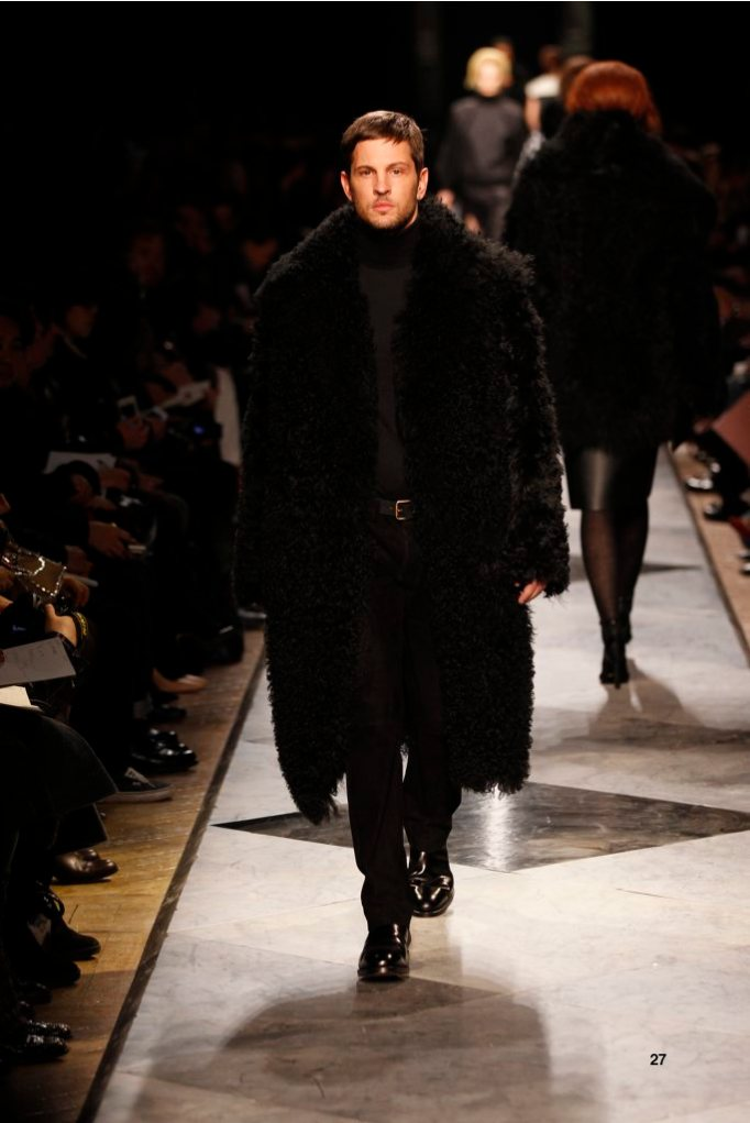 27-LOEWE-AH-2013-Black Shearling Coat_ Black Cashmere High-neck Jumper_ Black Napa Trousers_ Black Calf Belt_ Black Leather Chelsea Boot