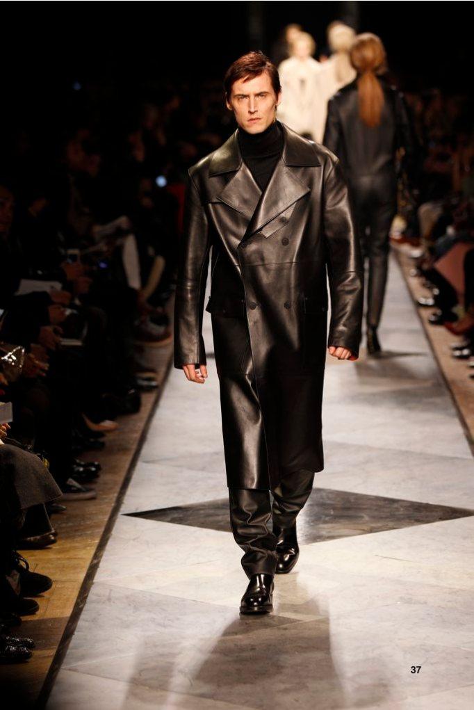 37-LOEWE-AH-2013-Black Bonded Napa Trench_ Black Cashmere High-neck Jumper_ Black Napa Trousers_ Black Leather Chelsea Boot