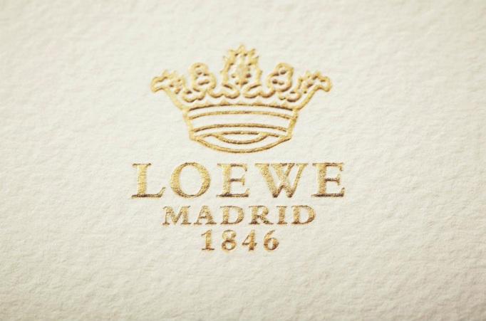 LOEWE-carton