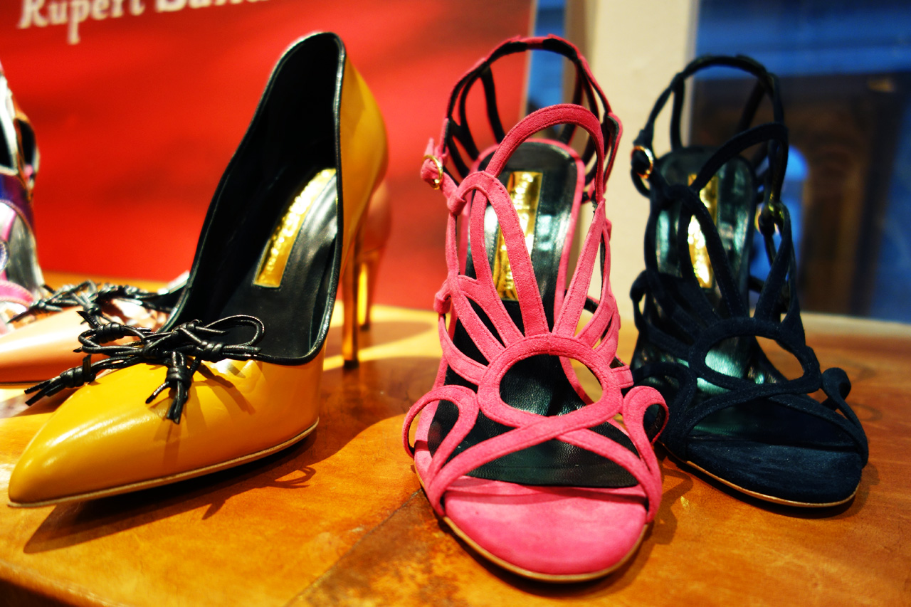 Rupert-Sanderson-Winter-2013-shoes-pink-lace