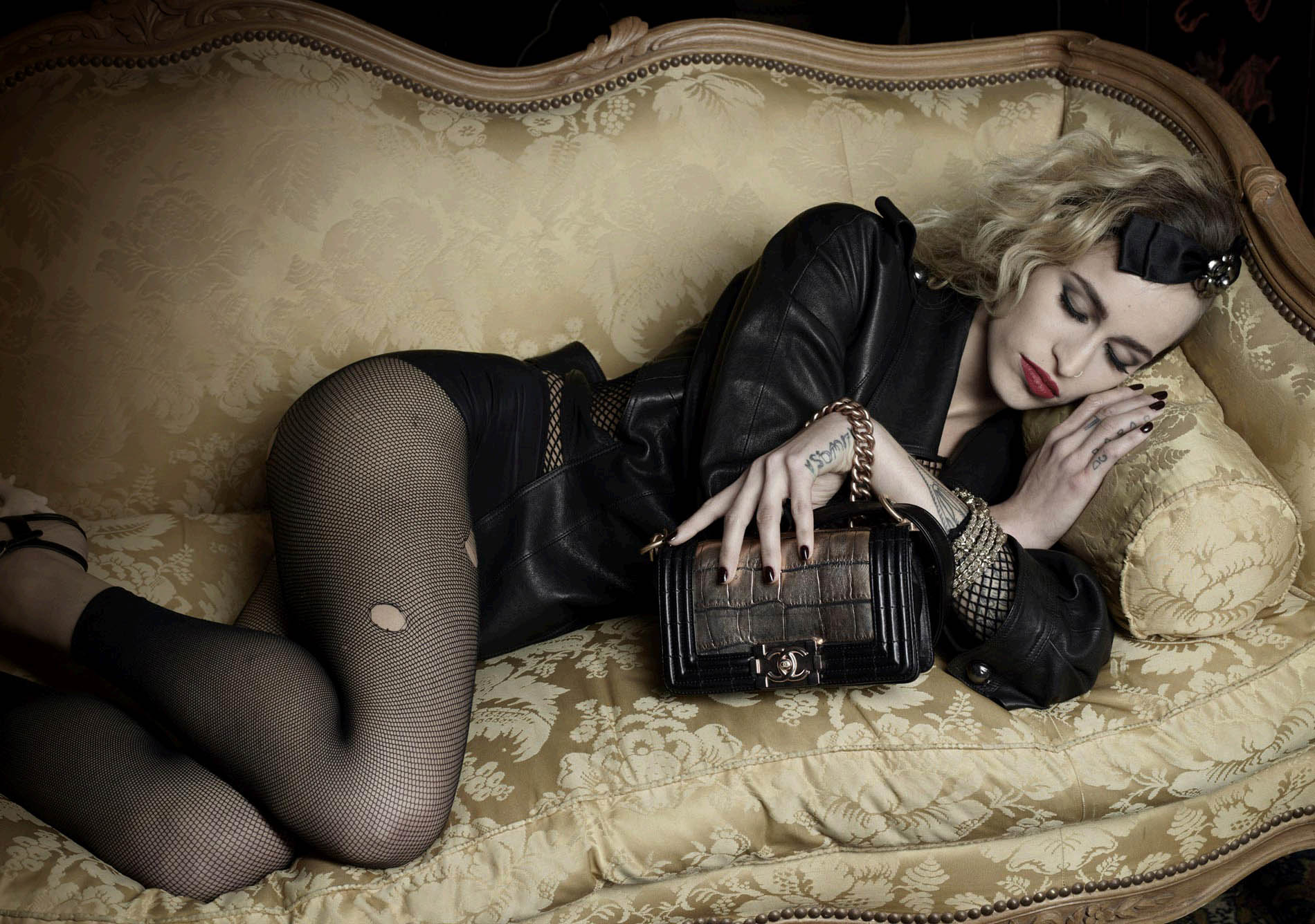 BOY-Chanel-Alice-Dellal
