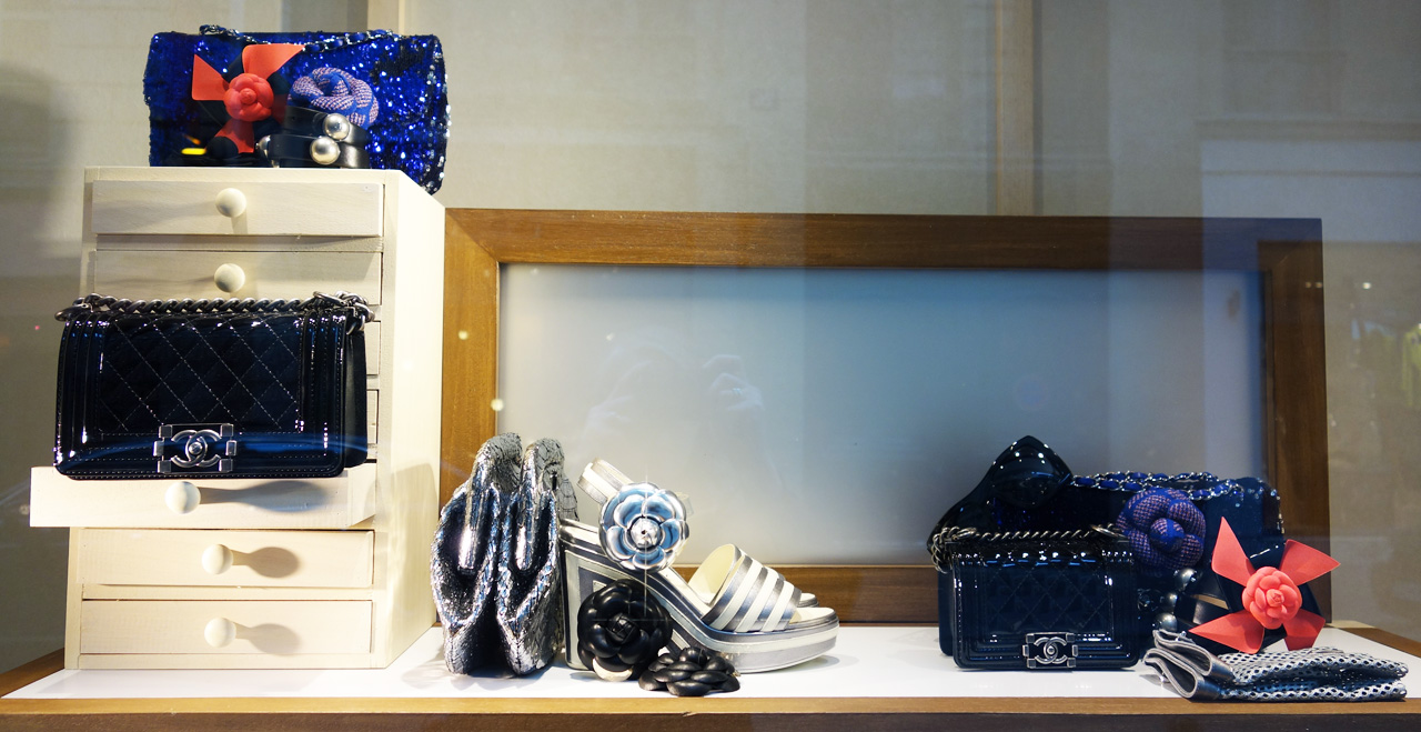 Chanel-vitrine-rue-Cambon-40