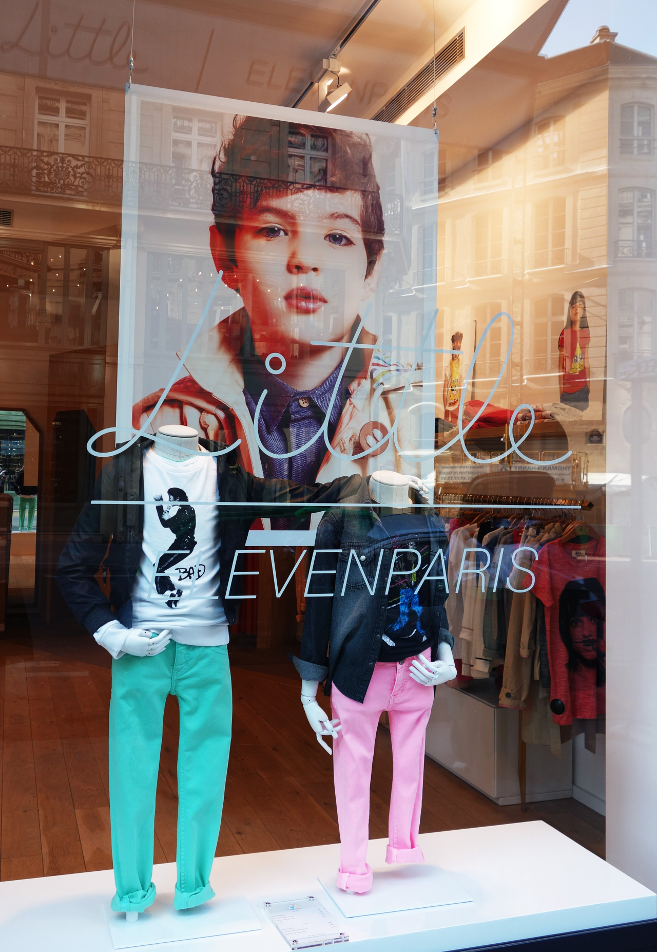 vitrine-eleven-little-bad-tee