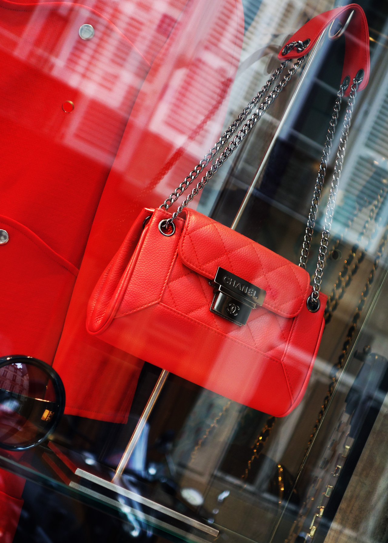 13_MB-select-Boutique-vitrine-droite-detail-6
