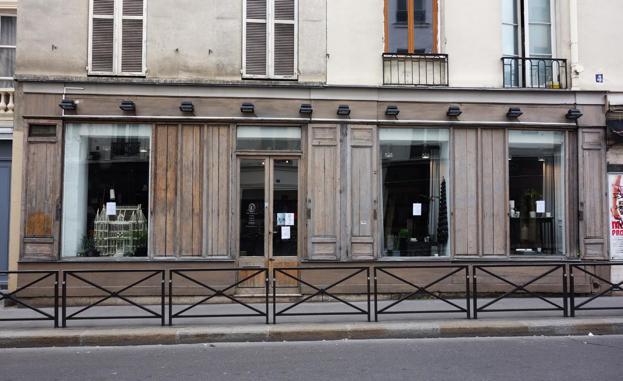 David-Gaillard-Les-Curieuses-boutique-facade