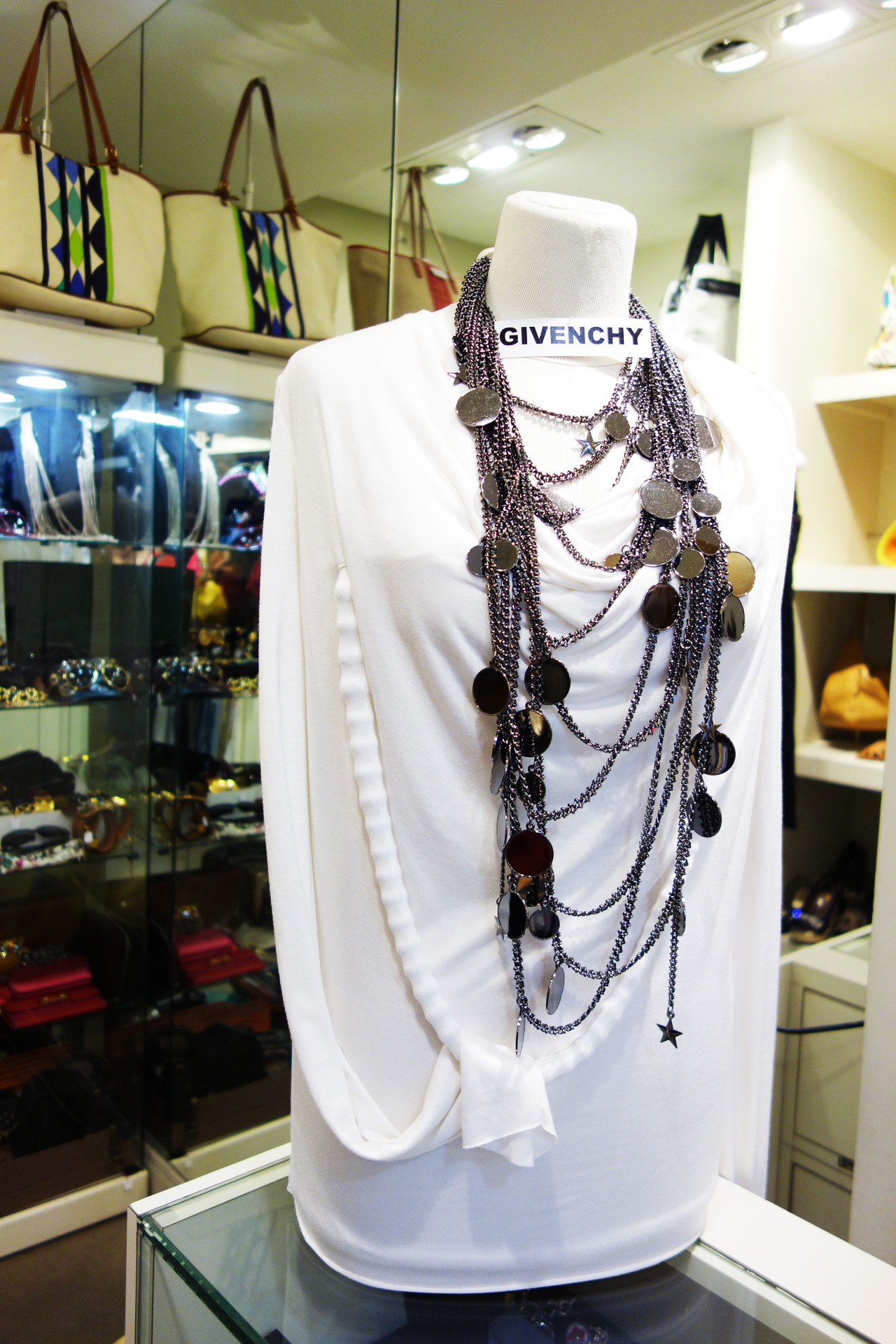 WK-Givenchy-necklace