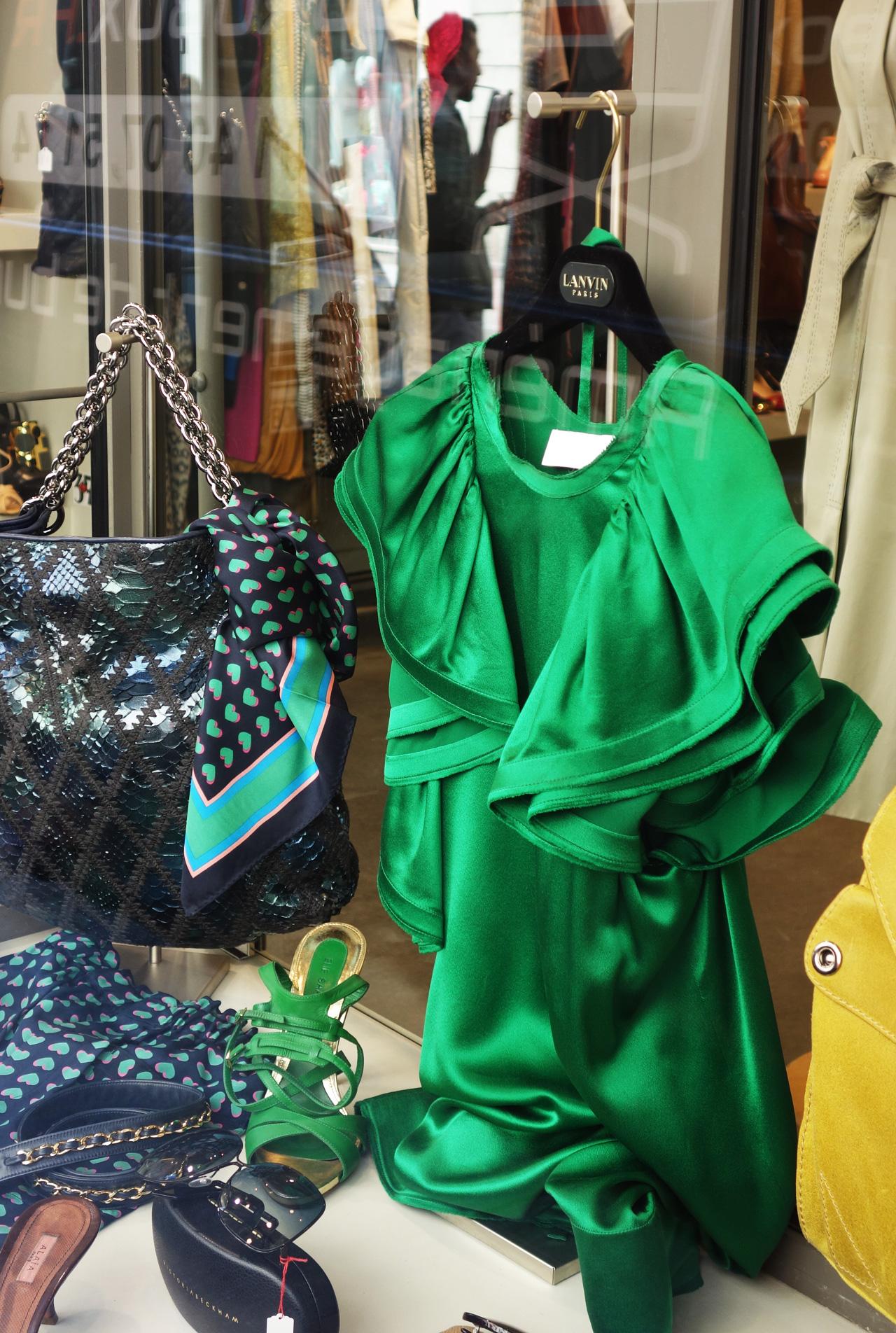 WK-vitrine-robe-Lanvin