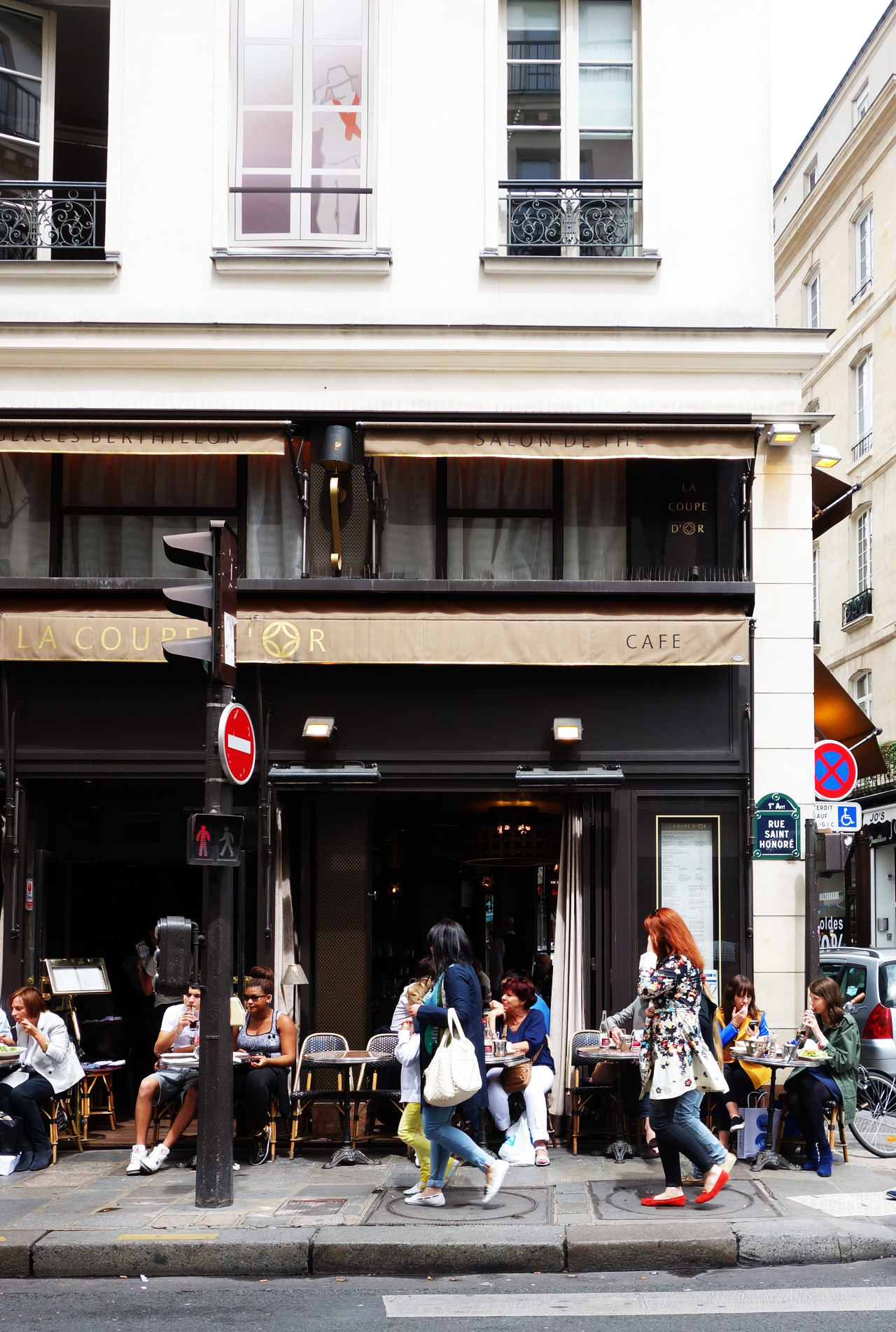 coupe-d-or-terrasse-rue-saint-honore-2