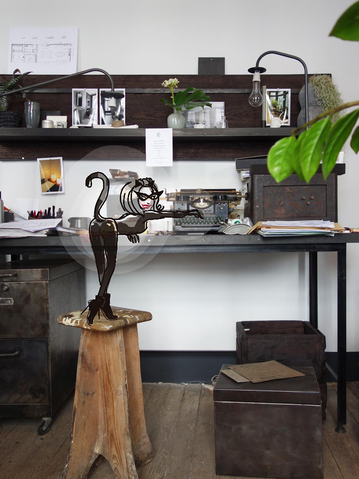 Eudoxie-CatWoman-Gaillard-machine-a-ecrire