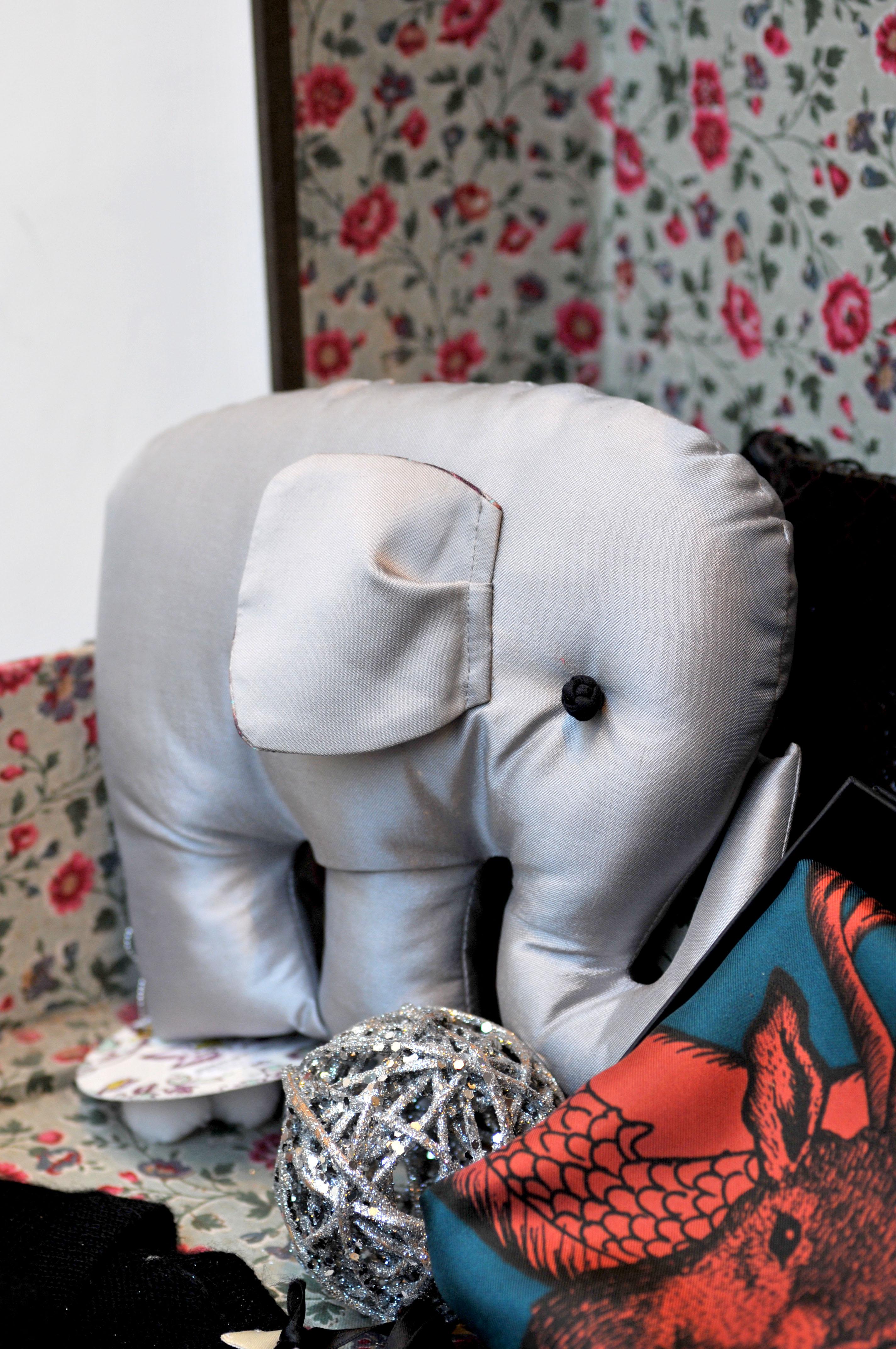 artisans_avantscene_elephant