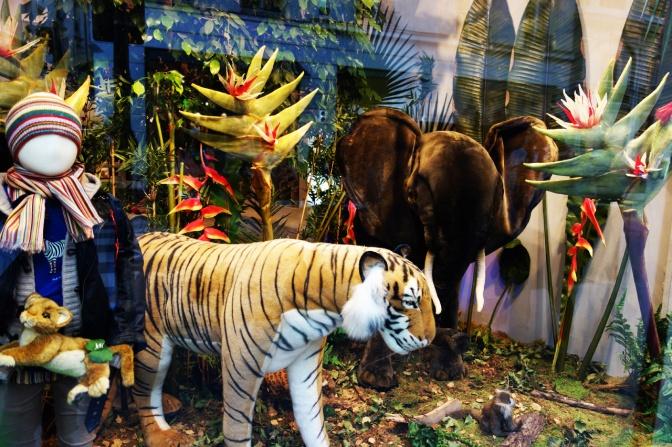 XBaby-Tuileries-vitrines-noel-2013-jungle-3