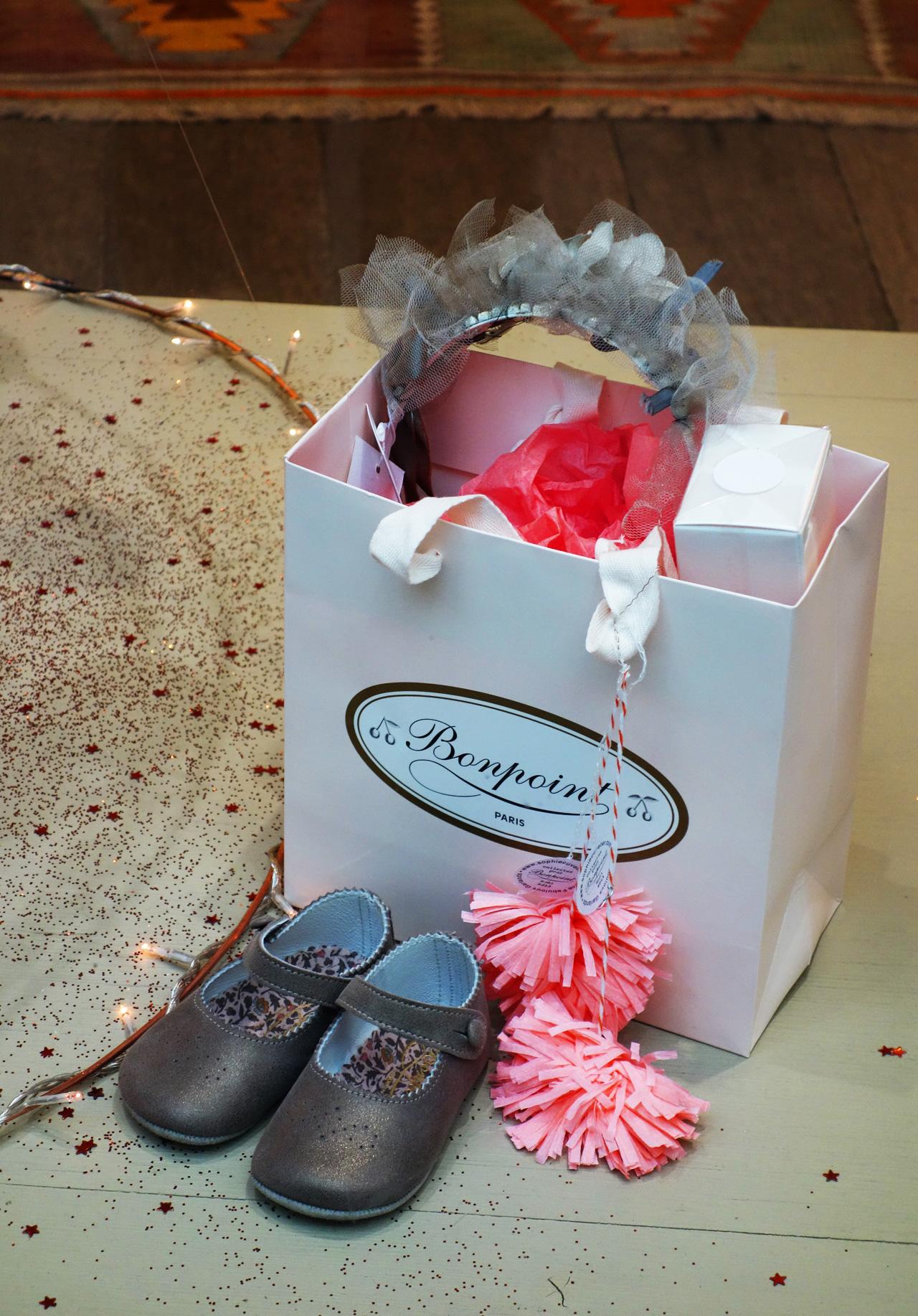 bonpoint-vitrine-noel-2013-cadeaux
