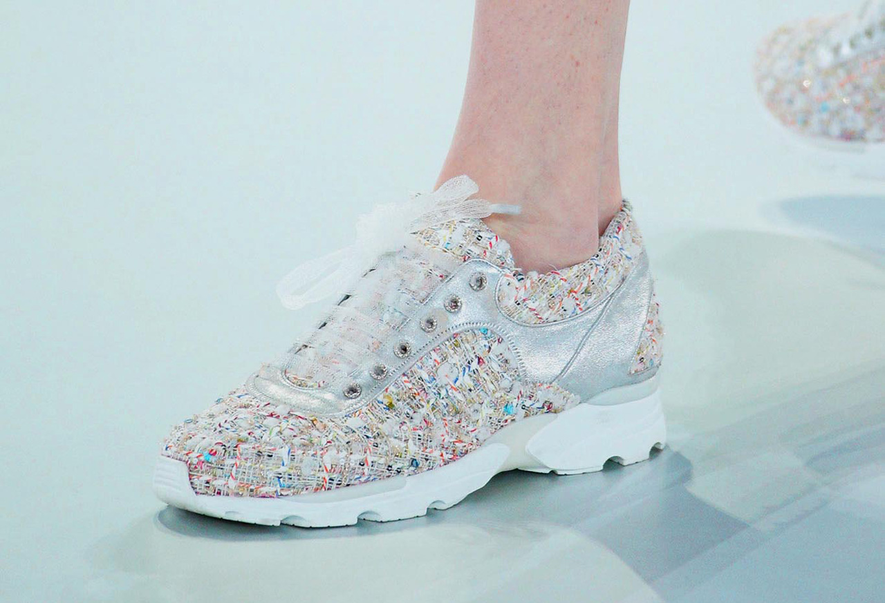 chanel-couture-sneakers-tweed